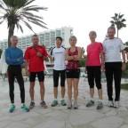 Kleine Gruppe vor dem täglichen Morgenlauf