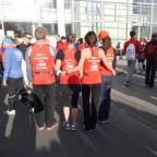 Die Hemdchen von hinten - zum 100. Marathon liefen wir in rot :-)